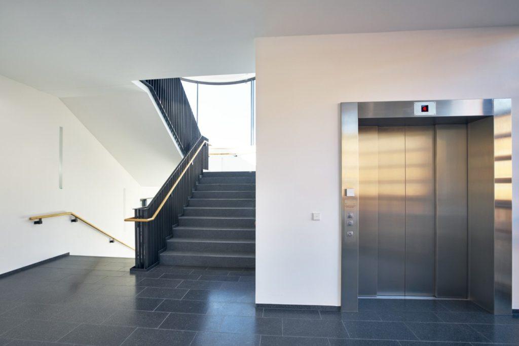 APM ascenseur, porte de garage, monte-charge
